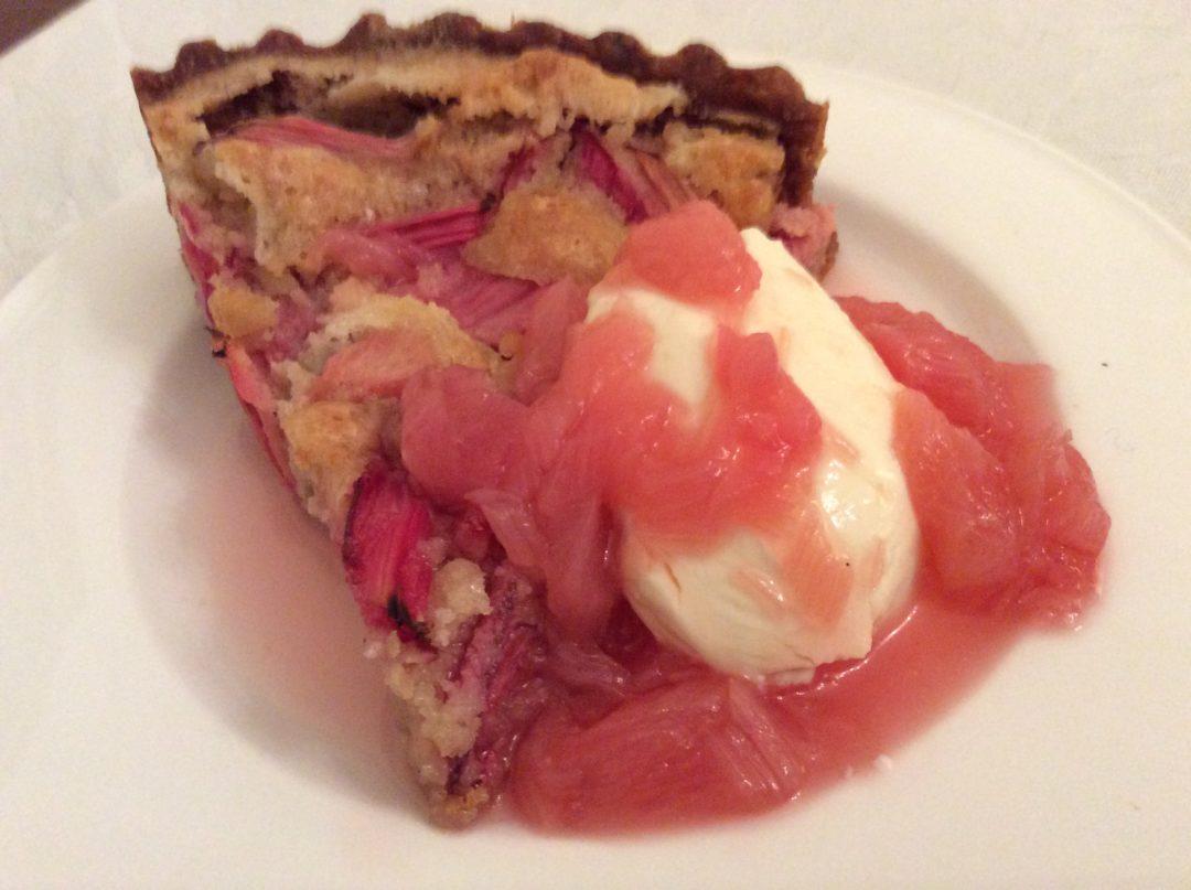 Rhubarb and Almond tart with Rhubarb and Gin Sauce